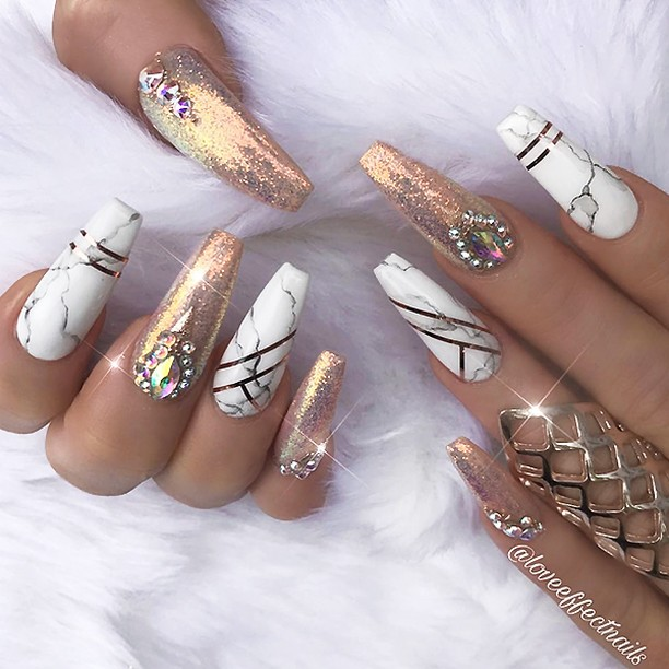 Trendy Easy Nail Art Ideas - Nail Art Designs & Ideas 2018