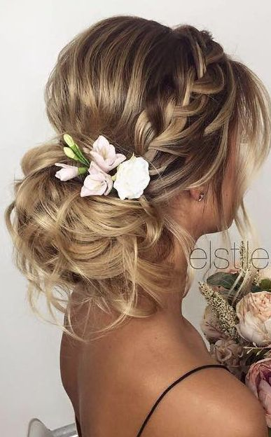 27 Gorgeous Wedding Hairstyles For Long Hair In 2019: 30 Beautiful Wedding Hairstyles