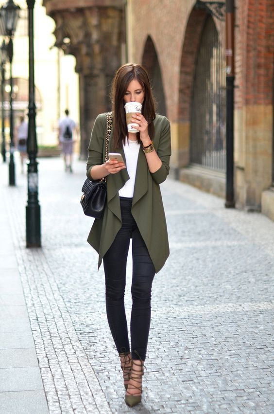 50 Great-Looking (Corporate and Casual) Work Outfits for Women
