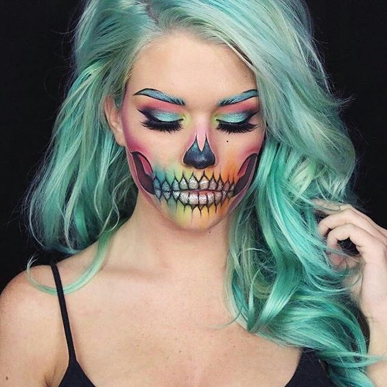 7 Tips on How to Apply Costume Makeup Like a Pro