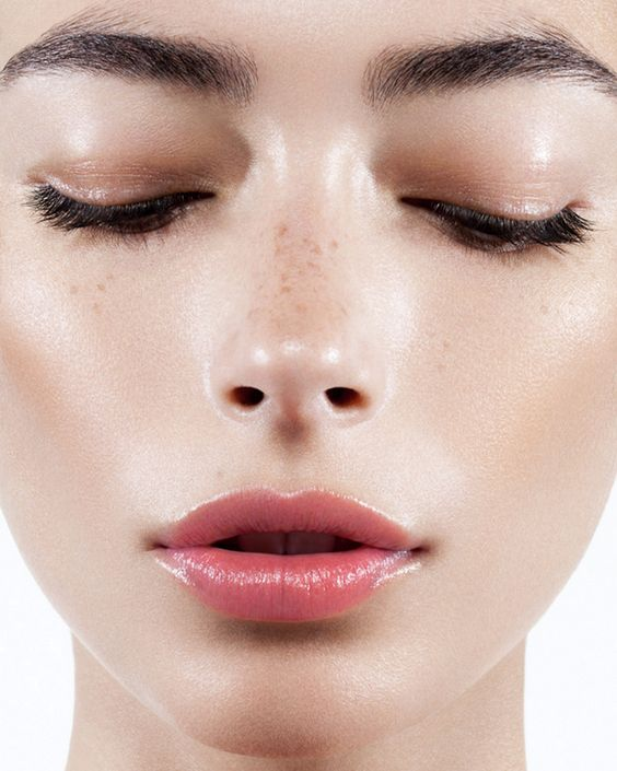 7 Tips on How to Get the Perfect Dewey Skin